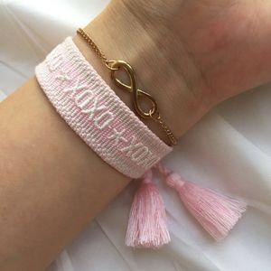 Bracelet rose doux, les femmes bracelets d'amitié en tissu, super mignon lavable Bracelet avec pompons et tailles réglables pour hommes femmes ados