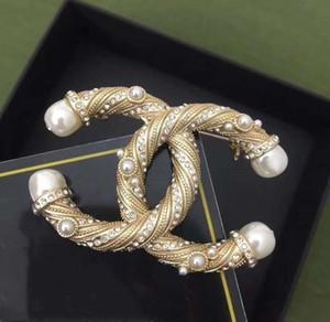 Nuovo spilla di design stile con diamanti e perle, ottonatura spilla del tutto-fiammifero