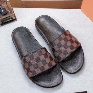 Woman Sandals Slippers Shoes slippers High Quality Sandals Slippers Casual Shoes Trainers Flat shoes Slide Eu:35-45 With box 02L852