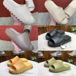Nouveaux 2020 Mousse Runner Kanye West Platform Sandal Slipper Chaussures Résine Triple Noir Blanc Os Brun Terre des femmes des hommes Styliste Sandales Slides