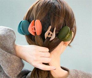 Clip artiglio dei capelli nuovo Beuty Fashion Design Donna Solid Capelli Retro Piazza Crab Scrub per capelli