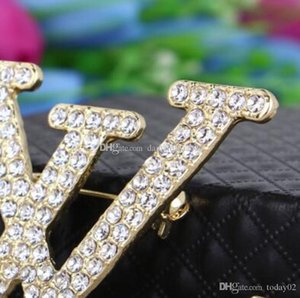 High quality ladies brooch fashion new personality rhinestones English letters brooch clothing gift accessories wholesale fast delivery