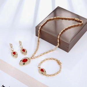 цветной камень SNAKE СЕРЬГИ 18K позолоченные колье ожерелья и браслеты кубических комплекты ювелирных изделий циркон свадьба для женщин