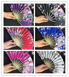 Красочный китайского Bamboo Складных рук вентилятор шелк 100 шт Женщина Цветок Ткань Вентилятор для свадьбы пользы Фанатов оптовых