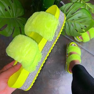 Женщины Мех тапочки Rhinestone платформы плоский каблук Толстые Подошва Light Colors Дорогих Знаменитости Лето Слайды Сандалии Женская обувь