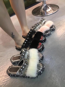 2020 xshfbcl New high-quality spring and summer slippers with versatile design and fashionable high-end