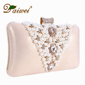 V-shaped Hand Dress Pearl hand bride dress banquet dinner women's bag handmade embroidered pearl bag