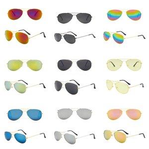 Neue polarisierte Sonnenbrille bunte klassische Polarizer Gläser Factory Direct A523 Ceap prcie Wit Est Qlity # 247