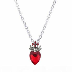 Großhandels-Weihnachts Evie Halskette Nachkommen Rote Herz-Kronen-Halskette Herz-Königin Kostüm Fan Schmuck Pre Teen Geschenk für sie