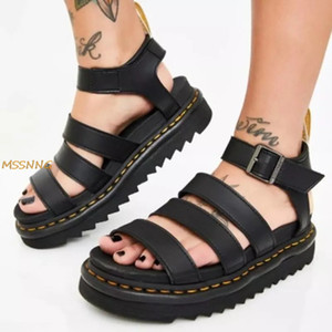 2020 Лето новых женщин сандалии Мода Толстые Bottom Пряжка ремешка Женская обувь Антипробуксовочная гладиаторы Рим Женщины Sandlas Большой размер
