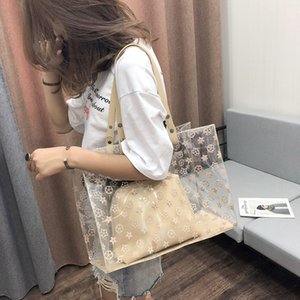 2020 new single shoulder mother personalized 2020 New big bag beach transparent jelly fashion cute girl open casual big bag