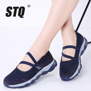 STQ 2020 Yaz Kadın Düz Platformu Ayakkabı Kadınlar Nefes Casual Sneakers Ayakkabı 929 için On Düz Yürüyüş Firar