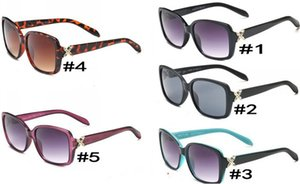 Sunglasses Glass for Womens Fashion Adumbral Glasses UV400 Model Color High Quality with Box
