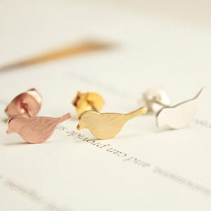 골드 실버 작은 생생한 조류 패턴 스터드 귀걸이 귀여운 크레인 작은 아기 새 귀걸이는 여자를 위해 동물 보석 스터드