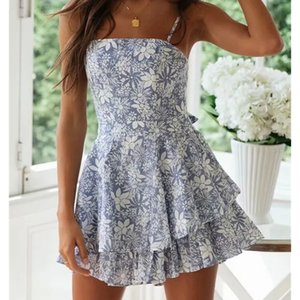 2020 Fashion Blue Flower Print Women Loose Playsuits Spring Summer Women Beath Style Ruffles Sling Playsuit Sweet Lady Jumpsuit