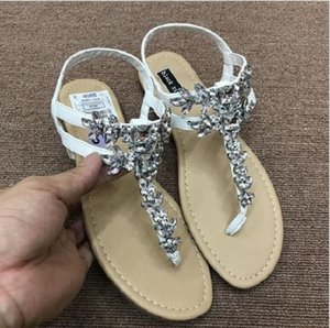 Stunning Bling Bling Woman Sandals Women Shoes Rhinestones Chains Thong Gladiator Flat Sandals Crystal Chaussure Size 36-41 free shipping