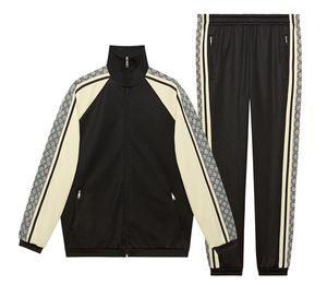 Designer luxury men's suit 19ss new summer brand men's sportswear suit jogging T-shirt + pants sports suit hip hop sweatshirt