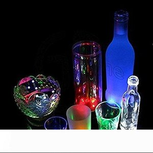 LED Coaster lumière clignotante bouteille d'ampoule Led Hookah Lumière Mat Coupe Mat coloré Light Up Club Bar Accueil Party