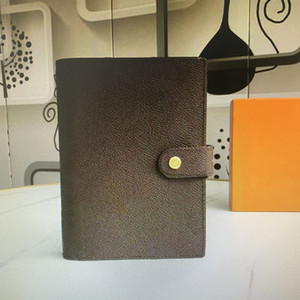 R20105 R20240 R20242 Couverture de bloc-notes à l'agenda moyen Couverture en papier blanc Notebook de bureau Journal de voyage Journal Jotter Notepad 6 Slots de titulaire de carte de crédit