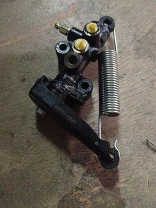 Great Wall Hover CUV Hover H3 carga del freno de detección de dosificación de la válvula de dispensación de la válvula original de CC3523110-K01-A1 8ow2 #