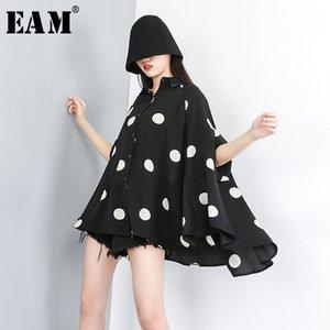 [EAM] 2020 New Spring Summer Lapel Half Sleeve Black Dot Printed Loose Temperament Big Size Shirt Women Blouse Fashion JW576 Y200622