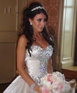 luxury Off Shoulder Qualtiy Satin Ball Gown Wedding Dresses 2020 Bridal Gown Luxury Crystal Beading Europe Style Wedding Dresses