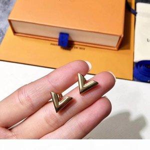 L 2018 Fashion Einfacher Brief Ohrringe Glossy V-Bolzen-Ohrringe Edelstahl-Schmucksachen freies Verschiffen
