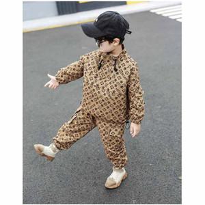 2020 어린이 디자이너 의류 소년 소녀 패션 긴 소매 재킷 어린이 디자이너 의류 정장 인과 인쇄 재킷 + 바지 두 조각 세트