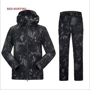 New Tactical Soft Shell Waterproof & Windproof Fleece Hooded Jacket and Pants Outdoor Hunting suit