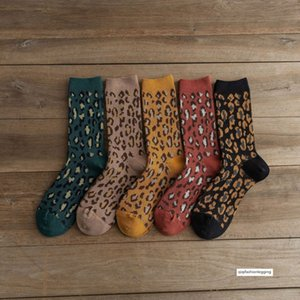 19 AW16 agulha dupla dupla de leopardo de algodão confortável das mulheres Bued mulheres meias