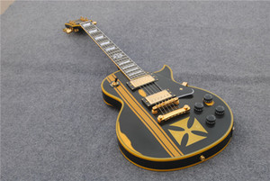 Custom invecchiato James Hetfield Metallic Iron Cross Cross Classic Relic Black Yellow Electric Guitar Guitar EMG Pickups Gold Hardware Black BayGuard