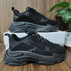 2021 En Kaliteli Paris Üçlü S Casual Baba Ayakkabı Erkek Bayan Parça Üçlü S Siyah Beyaz Spor Kırmızı Gri Platform Severler Eğitmen Sneakers 36-45