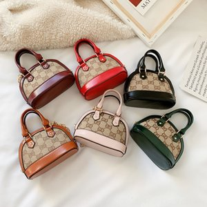 2020 season new color contrast all-match girls fashionable shoulder shell Accessories shell bag slanting accessories small bag