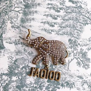C1882 Animal series jewelry crystal set with zircon little elephant pin buckle vintage brass brooch dress matching