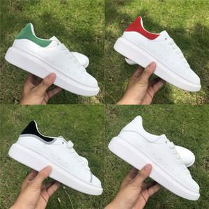 2020 релиз стилиста Мужчины Женщины тапки Повседневная обувь Мода Smart Platform Flat Party обувь белый черный бархат отражающей Кожа Узелок