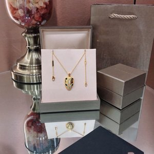 Hot sale snake head brick classic fashion domineering generous necklace temperament noble French high quality necklace