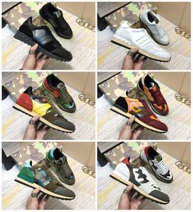 2019 zapatos de alta calidad Entrenadores del diseñador de moda del perno prisionero del remache del camuflaje de las zapatillas de deporte de los hombres mujeres cubren los zapatos ocasionales de pisos de lujo