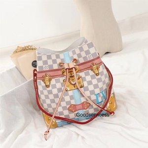 2020 Top13 Qaulitysm44021 26..26..17cm WOMEN BAG fashion Designer bags men shoulder handbags Shoulder bags womens Free Shiping