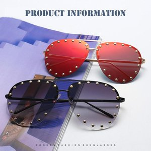 2019 Superior Quality Retro Classic Polarizing Sunglasses Elegant Women Carving Frame Oversized Sunglasses Luxury mirror Lady T200530