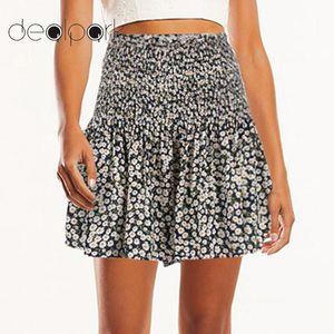 Elegant Ladies Vintage Shorts Women Floral Print Shorts Elastic High Waist Pleated Slim Mini Summer Casual Short Pants 2020 HOT