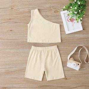 Ins Kız Kıyafetler Bebek Çocuk Bir Omuz Yelek Tops + Şort Kıyafetler Toddlers Pamuk Giyim Yaz Çocuk Şort 2 adet Setleri A0312