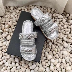 2020 nuevas zapatillas de diseño de las sandalias de los zapatos de las mujeres de Roma Vacaciones de verano zapatillas de cáñamo cuerda plana zapatillas punta abierta Sandalias Sandalia con caja 35-40