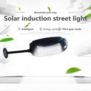 Solar levou ao ar livre iluminação impermeável 32led Jardim lâmpada acende + Movimento Sensores Solar Segurança Rodoviária Lâmpada de parede Luz de emergência com controle remoto