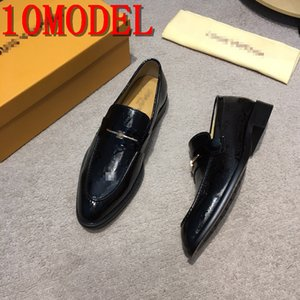 2019 NEW pointed Toe embroidery rhinestone flat shoes for luxurious men Male wedding dress prom Homecoming shoes zapatos de novio SIZE 38-45