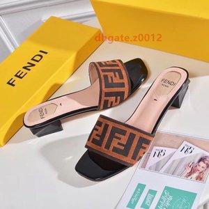 Luxury designer Women Slides Summer Outdoor Casual Slippers Low Square Heel Slip On Sandal ff Ladies Elegant Slides Dress Pumps Mules c