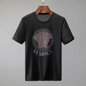 Shirt manica corta 2020 Mens nuovo modo di estate di sport Designers maglietta del O-Collo Mens design ricamato in cotone T Uomini