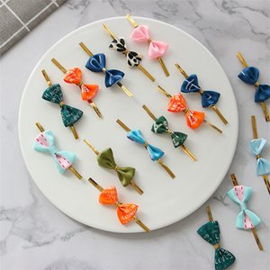 500 X colore misto Twist Ties nastro pre-legato regalo Wrap Archi Trattare Borse Lollipops Favore di partito Borse Decorazioni