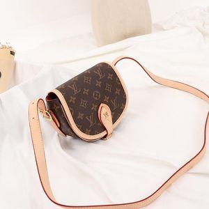 High Quality Womens Leather Mini Saddle Bag Ladies Shoulder Bag Sac D &#039 ;éPaule Lady Shoulder Small Flap Shoulder Crossbody Bag Drop Shi