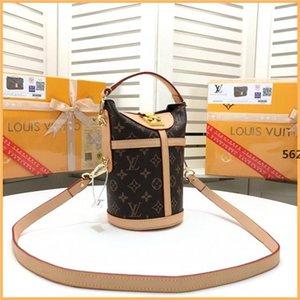 a04 2019 New Crossbody Bags for Women Matte Leather Luxury Handbag Brand Rivet Female Shoulderhion Versatile Shoulder & Crossbody Bags Flap