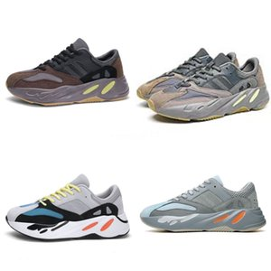 Kid Sport Sneakers Black Boy Moda Casula Kanye West Kanye West 700 700 Scarpe da calcio Stivali Autunno Girl Fashion D Lettera Tennis Formatori # 888